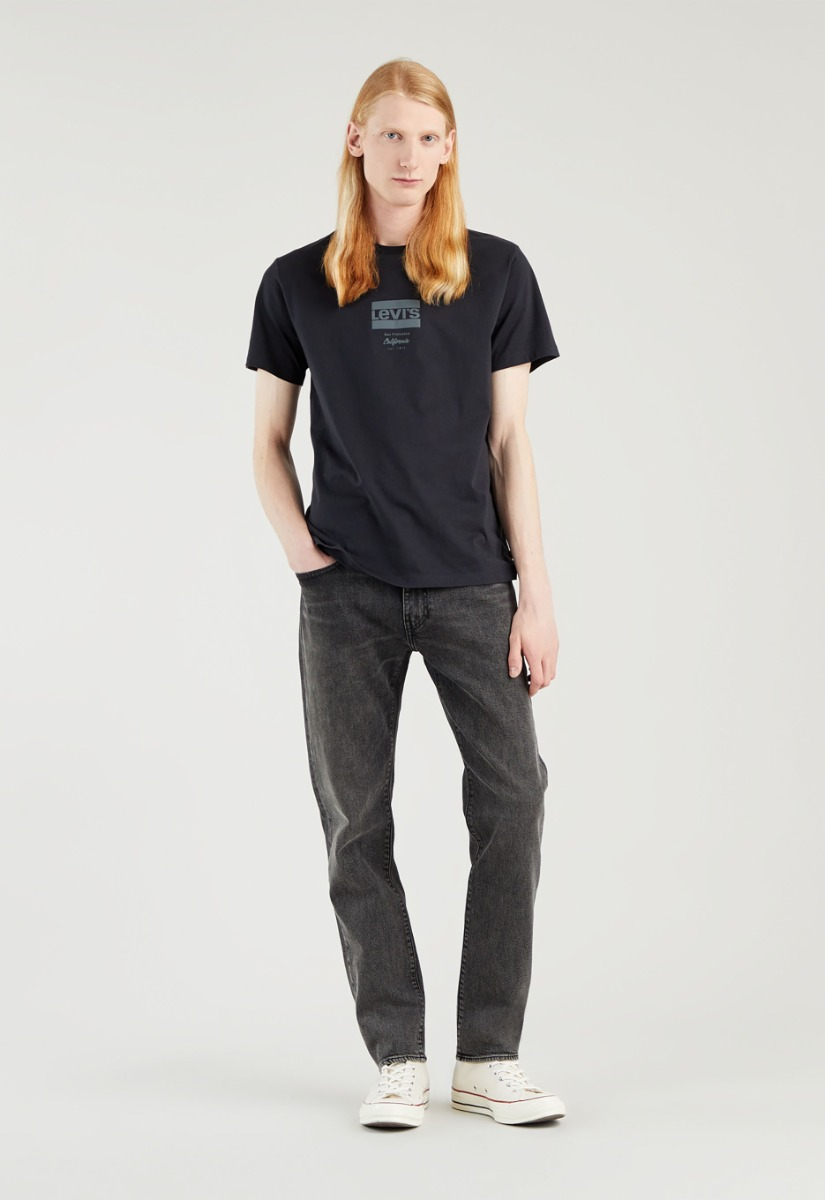 Levis 502 Tapered Jeans