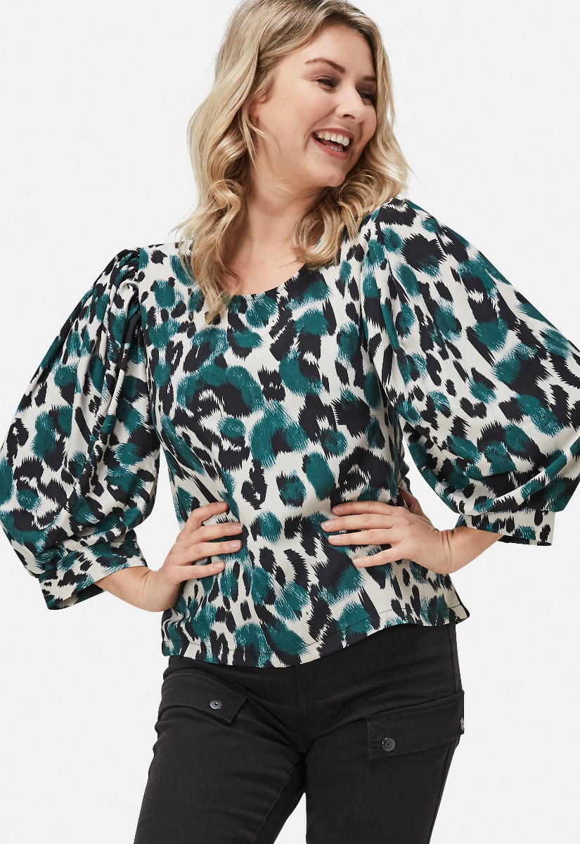 Sisters Point 13019 Gidy Blouse